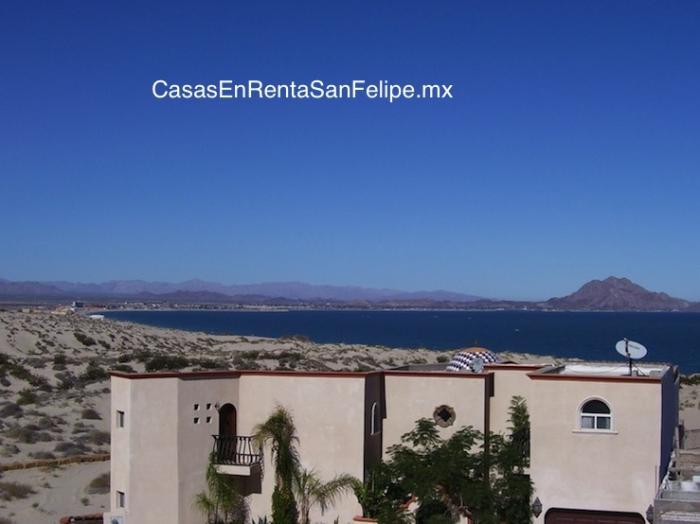 Casa para renta en San Felipe: casa Monterrey – 4HA-2BA, alberga a 12, parrillera