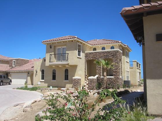 Impresionante Condominio San Felipe de 3-recamaras 3-baños con Vista al Mar y campo de Golf